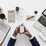 Online Subscription Strategy Demands High-Value Content